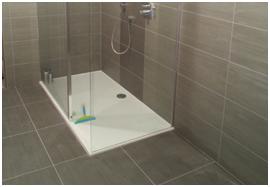 Betegelen badkamer renovatiegroep uw rechterhand - Betegelen van natuurstenen badkamer ...